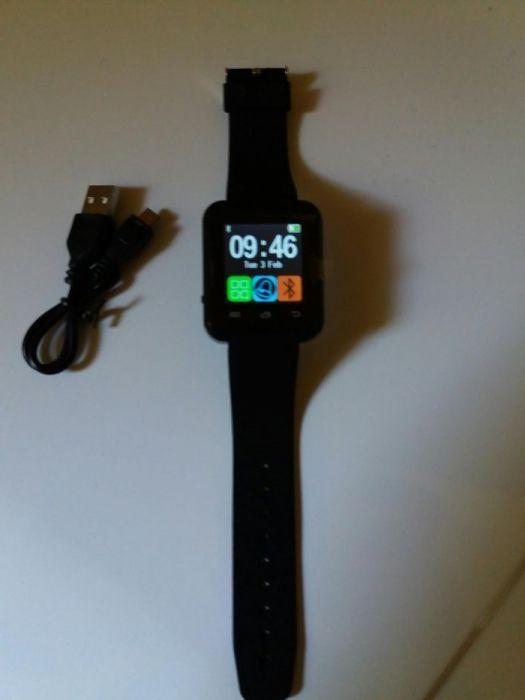 vand Fashion Bluetooth Smart Watch Alarm FM Sport Wristwatch