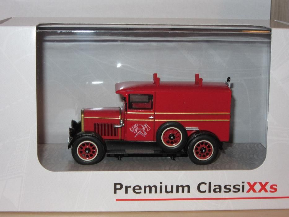 Macheta Phaenomen Granit 25 Premium Classixxs 1:43