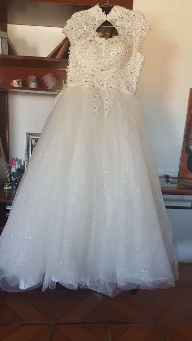 Vestido de noiva à venda