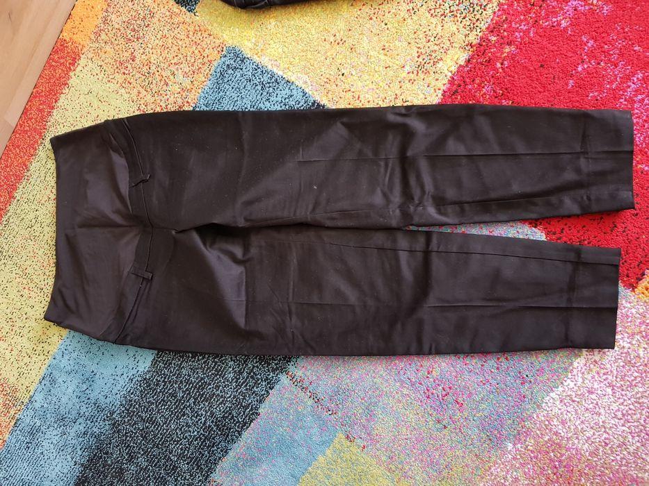 Pantaloni eleganți pentru gravide