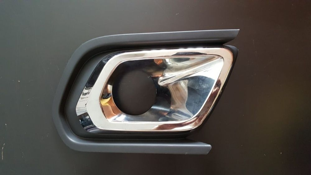Ornament proiector stanga Dacia Logan II facelift, Sandero II facelift