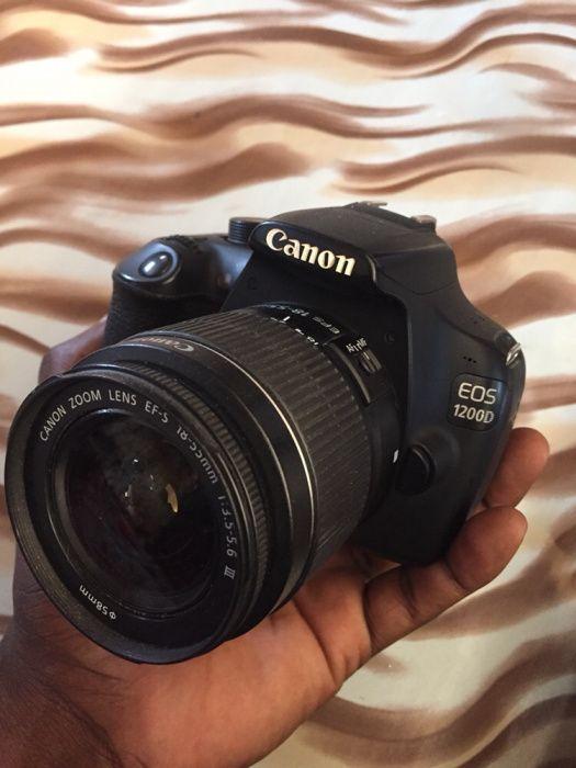 Vendo urgente câmera cânon 1200D usado mas em boas condições