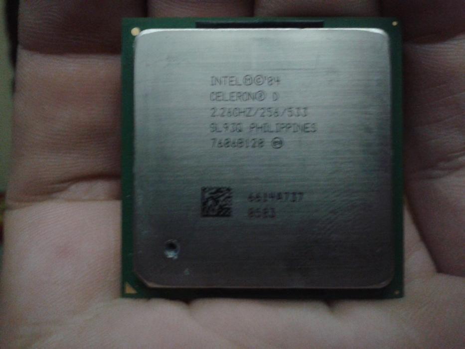 Procesor Intel Celeron D socket 478 2.26 GHz/256/533