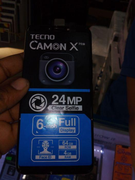 Tecno Camon x Pro selados