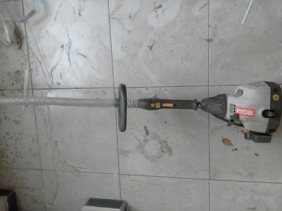 Máquina para relva gasolina Ryobi Machava - imagem 2