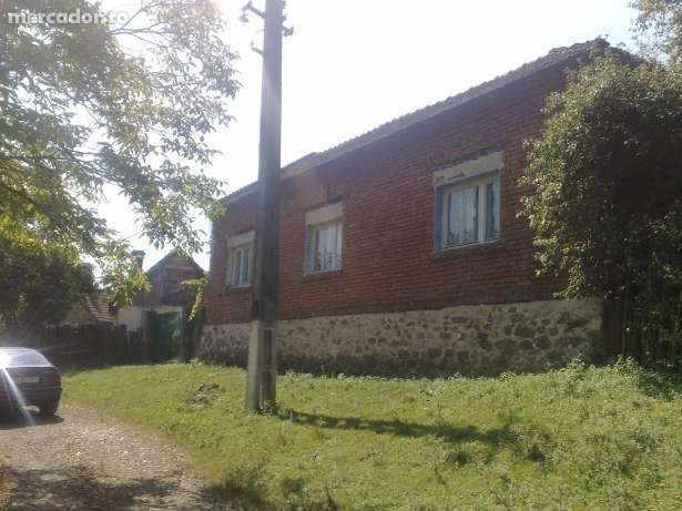 Vanzare  casa  2 camere Arad, Barzava  - 24999 EURO