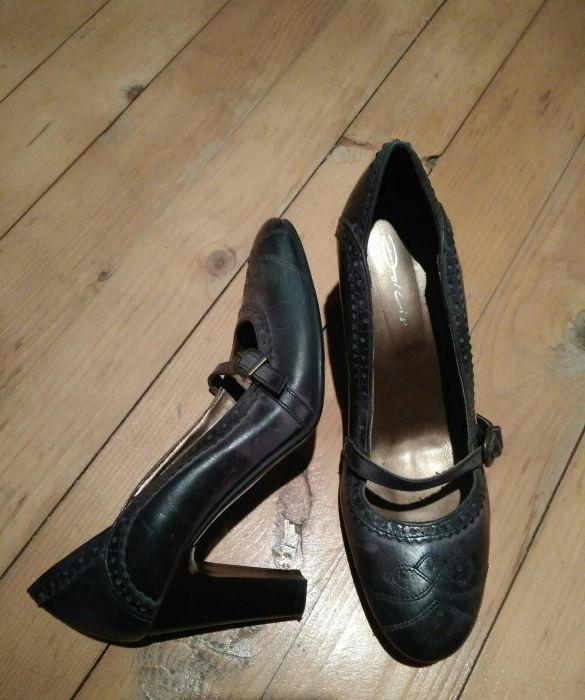 Pantofi cu toc, 38