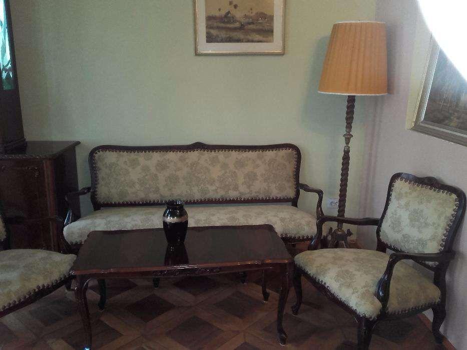 Vind mobilier canapea cu fotolii si masa Louis Phlippe