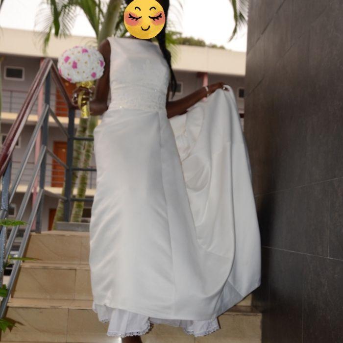 6b683f1d3a5 Vendo o meu Vestido de Noiva Cazenga • olx.co.ao