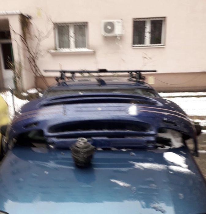 Vînd bara fata Renault an 2000 ,Bare portbagaj, alternatar