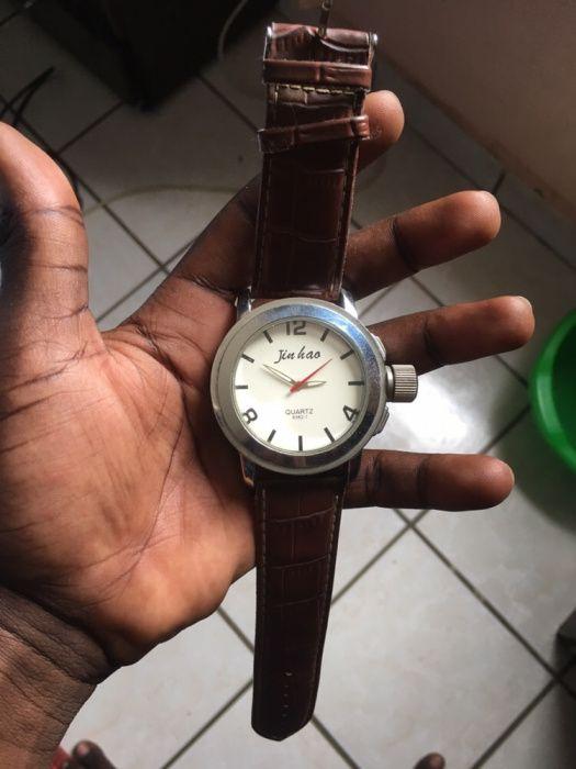 Relógio Jin Hao