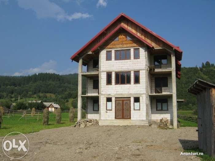 Vila S+P+2E+M, 720 mp si 2500 mp teren in Bucovina