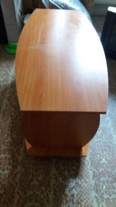 Masa de televizor din lemn