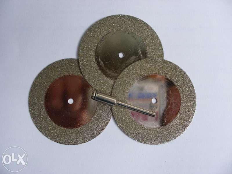 Диамантени дискове Ф50 за рязане комплект 5бр+накрайник Dremel