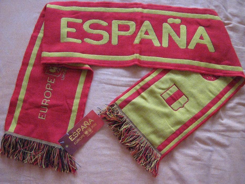 НОВ с етикет! Футболен шал Испания.