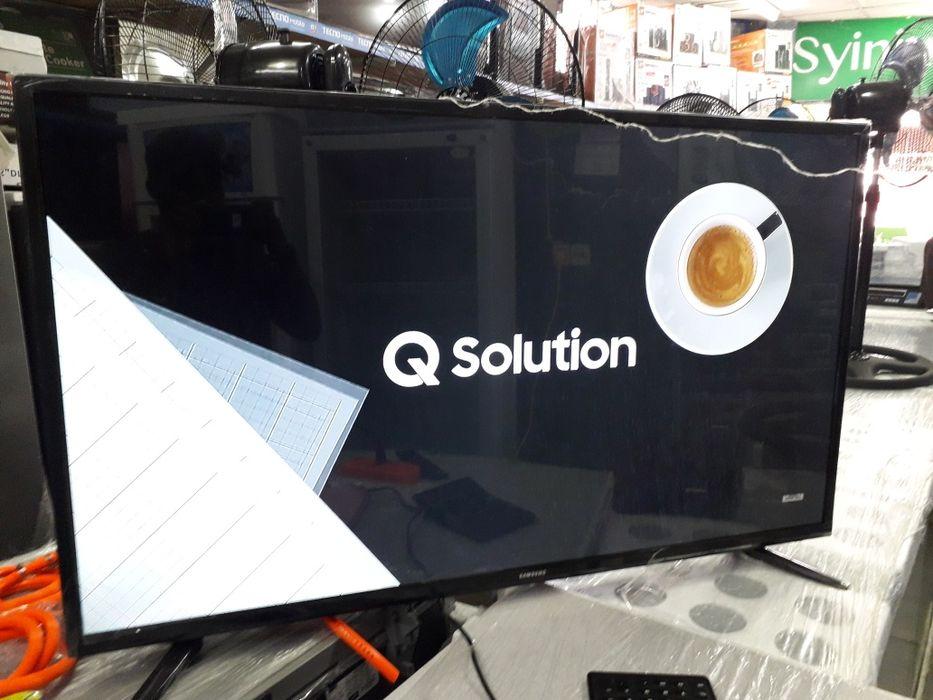 """TV Samsung 52""""Polegadas LED Full Ultra HD Bairro Central - imagem 2"""