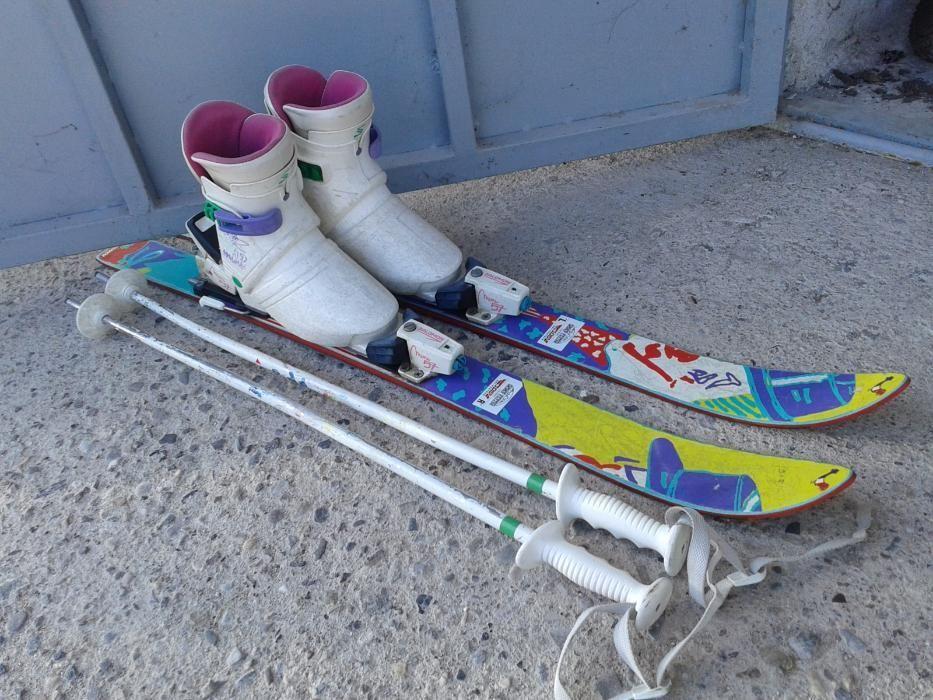 Ски,ски обувки,щеки