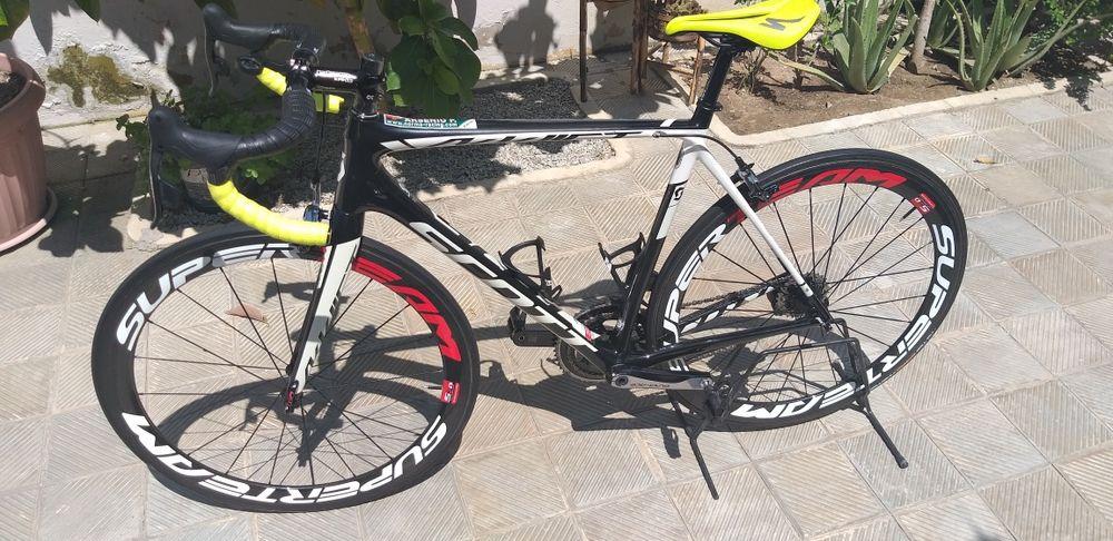 Bicicleta Scott Addict 30 - 2017