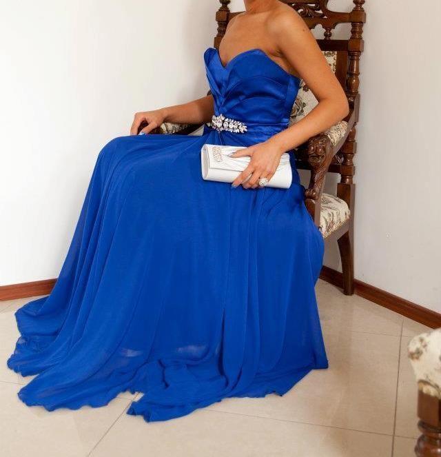БАЛНА рокля!!!