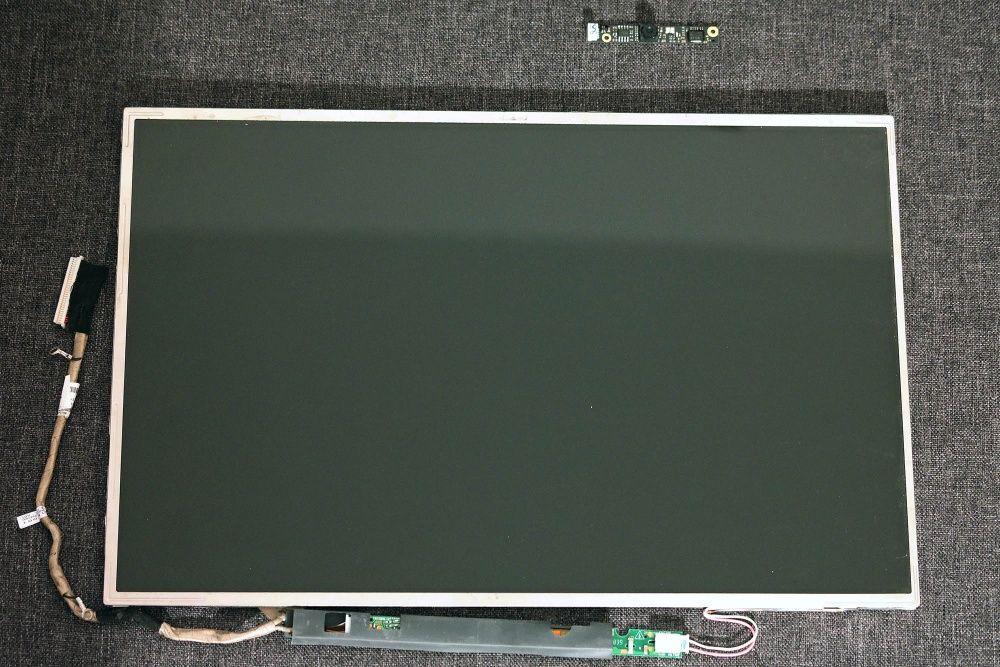 Ansamblu LCD + Webcam HP 6735s