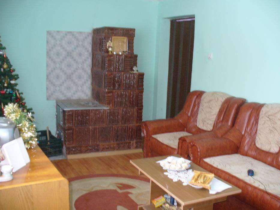 Casa la curte -zona Cosereni- sat Barcanesti, jud. Ialomita