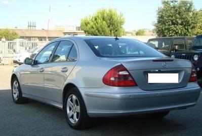 Mercedes E 200 CDI 2003 на части