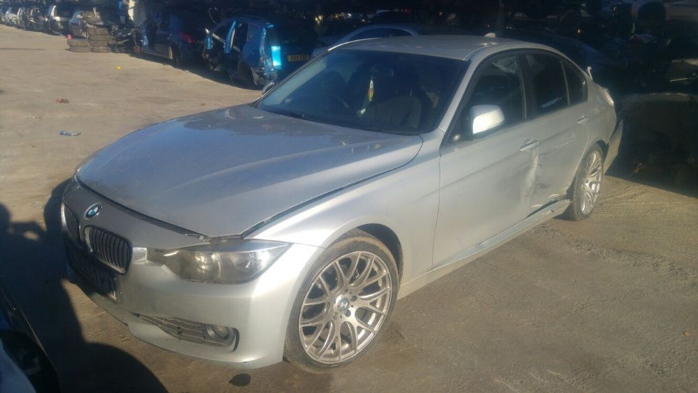 Dezmembrari BMW F30 2012 320 D cut man GA8HP-45Z TotalDez