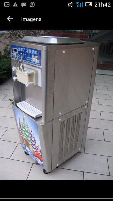 Maquina de gelado Avenda