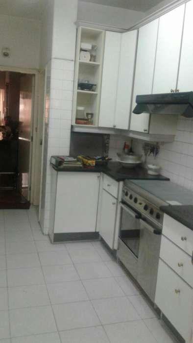 Arrenda se apartamento de luxo tipo3, na Rua da Franca 1 Andar
