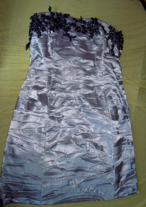 Абитуриентска дамска рокля сатен