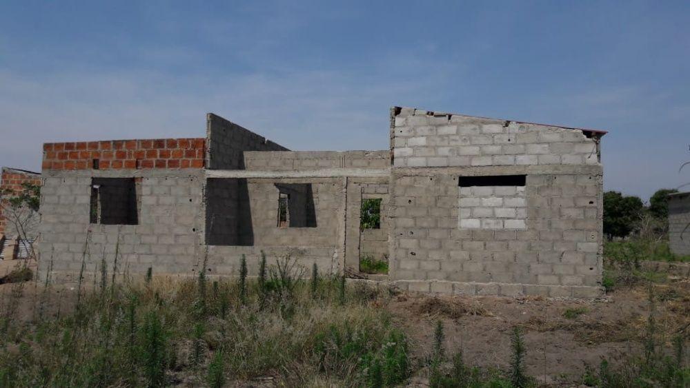 casa na manhica tipo 3 inacabada