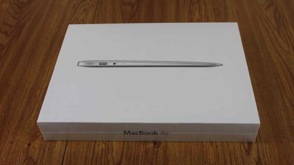 MacBook air I5 early 2017 Brand new in the box Sealed