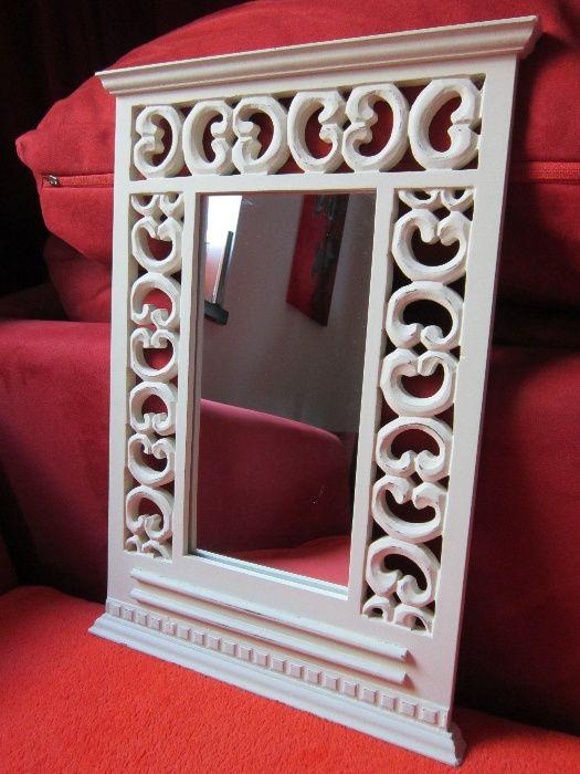 Oglinda Vintage,rama de lemn,dantelata,Shabby Chic-un Cadou Inedit
