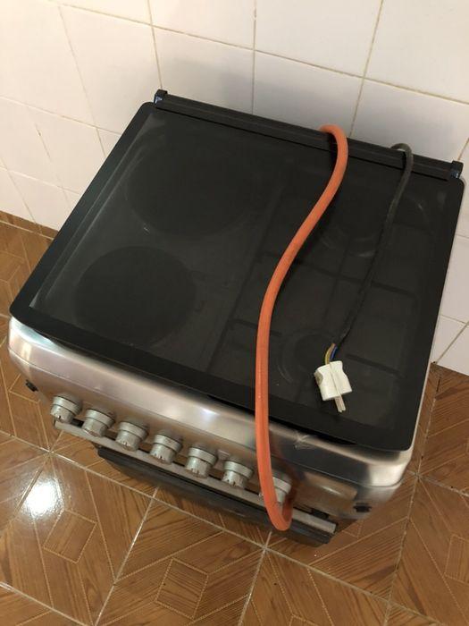 Vendo fogão e frigorífico