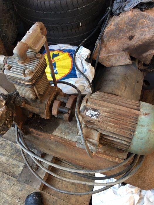 Доилен агрегат вакум помпа