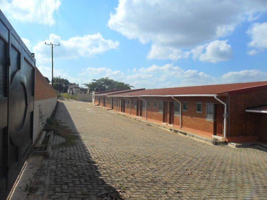 vende-se casa de acomodacao em maracuene perto da entrada da facim Bairro Central - imagem 4