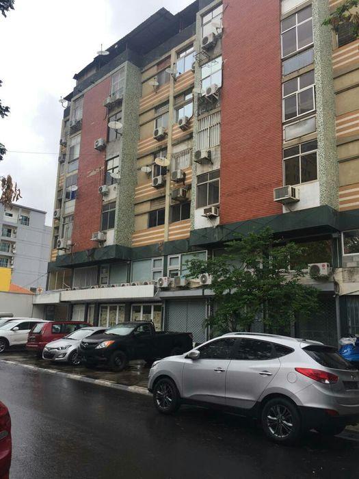 Apartamento a venda T1 com todo terraço 24 milhões mutamba