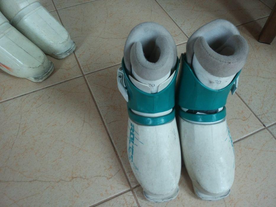 Продавам ски обувки 30 номер