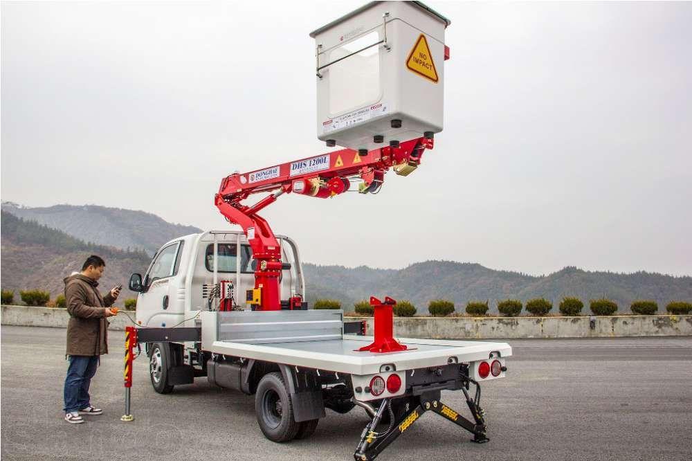 Автовышка (автогидроподъемник) 10-28 м. Южная Корея