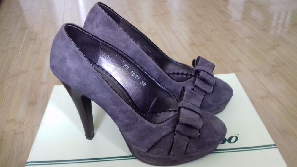 Pantofi Marelbo, măsura 38, piele, noi, cu etichetă