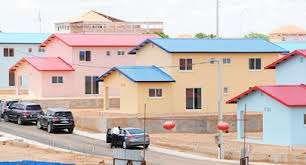 Nova Vida - Casas, Imóveis em Luanda - olx.co.ao 518801b380