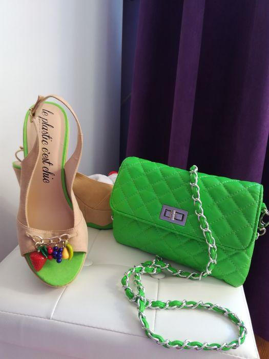 Нови обувки и чанта