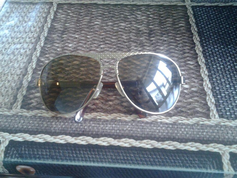 Продавам дамски слънчеви очила