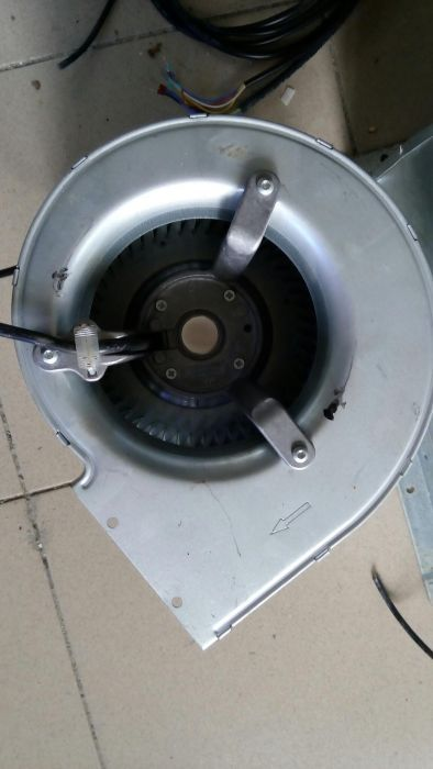 Немски центробежен турбинен вентилатор Ebmpapst