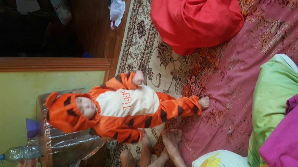 Новогодний кастюм тигры из Винни Пуха на 1.5 года