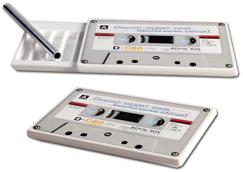 Snuff Box + Pipe Royal Box Make-Up sau Music Cassette