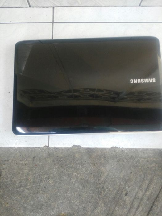 Laptop samsung dual core com 320gb 2gb