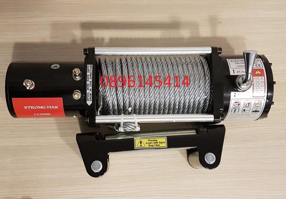 ЛЕБЕДКА - електрическа(с дистанционно) за джипове 12 V -13500lb 5950 к