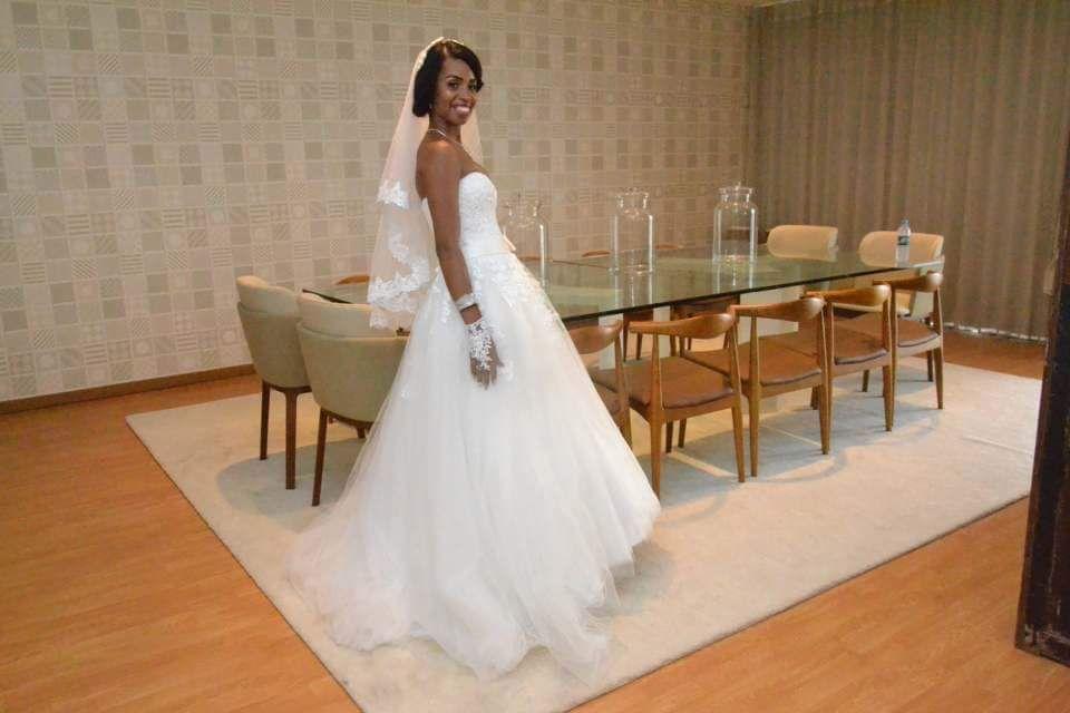 Baixei o meu lindo Vestido de noiva tamanho s/m