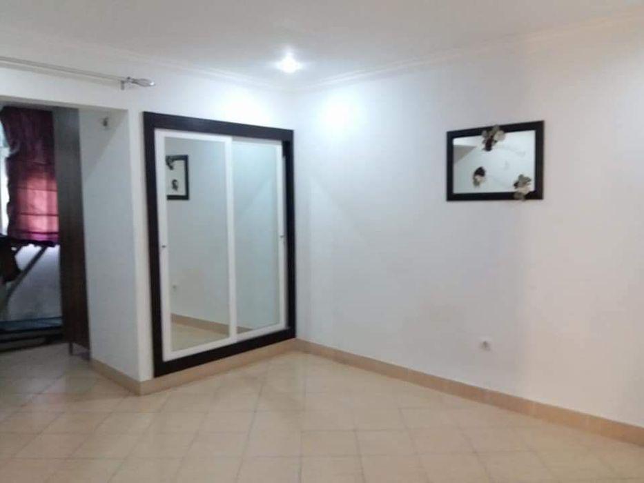 Arrendo Apartamento Tipo 3 próximo ao Dolce Vita na Julius Nyherer Polana - imagem 8